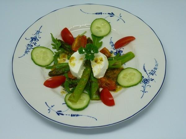 Lauwarmer-Salat