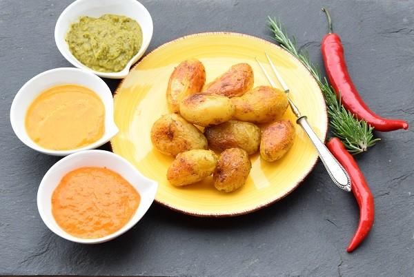 Kartoffeln-mit-Grillsoessle