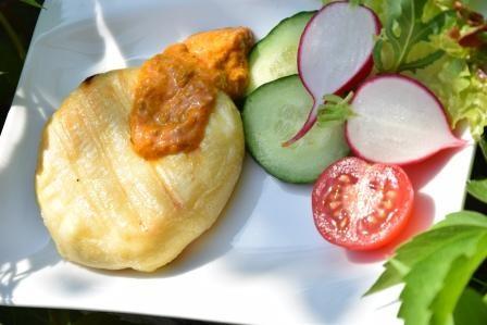 Grillk-se-mit-Paprikapeschto-reduziert