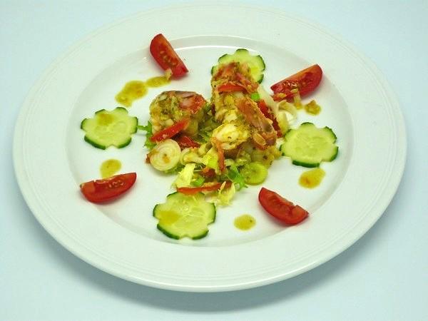 Lauwarmer-Salat-mit-Garnelen